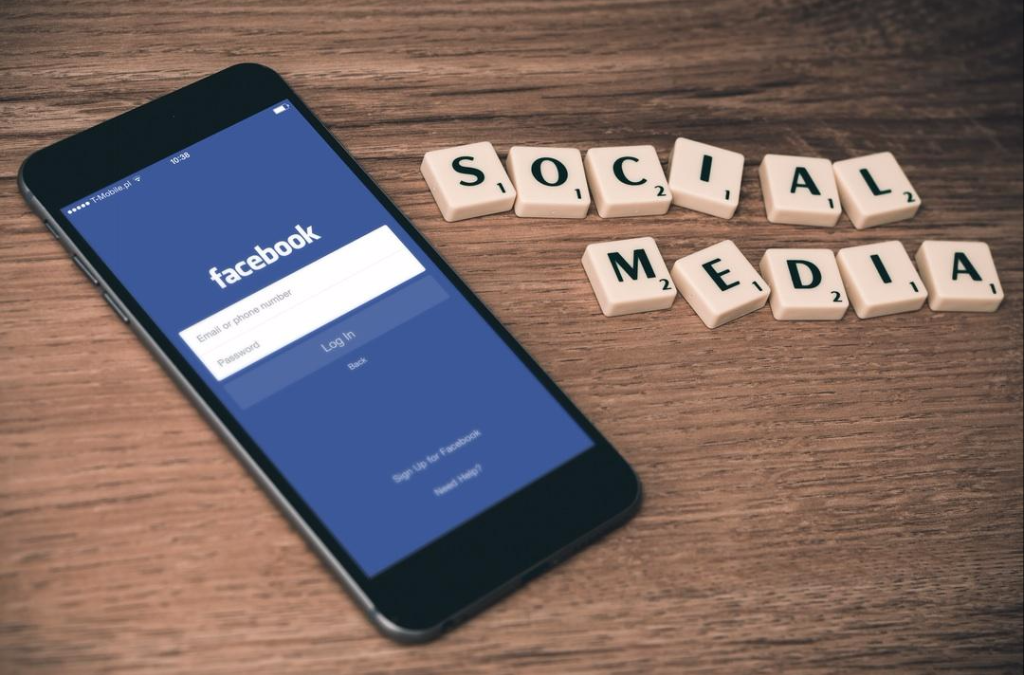 The Ultimate Guide to Not Letting Social Media RUIN Your Life